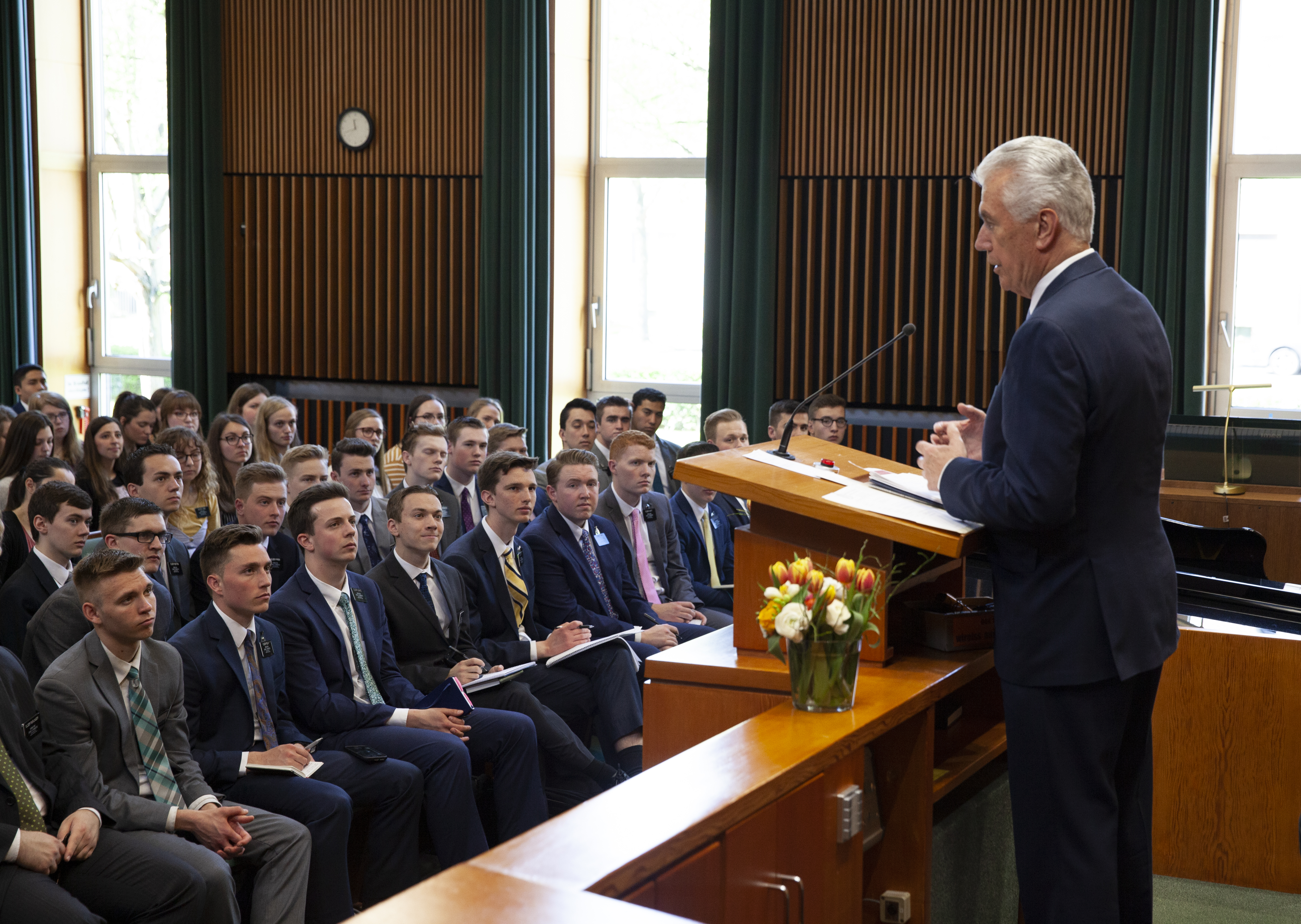 Elder Dieter F. Uchtdorf of the Quorum of the Twelve Apostles speaks to missionaries at a Germany Frankfurt Mission conference on April 18, 2019.