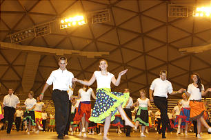 Arizona dance festival goes on despite growing fire - Church