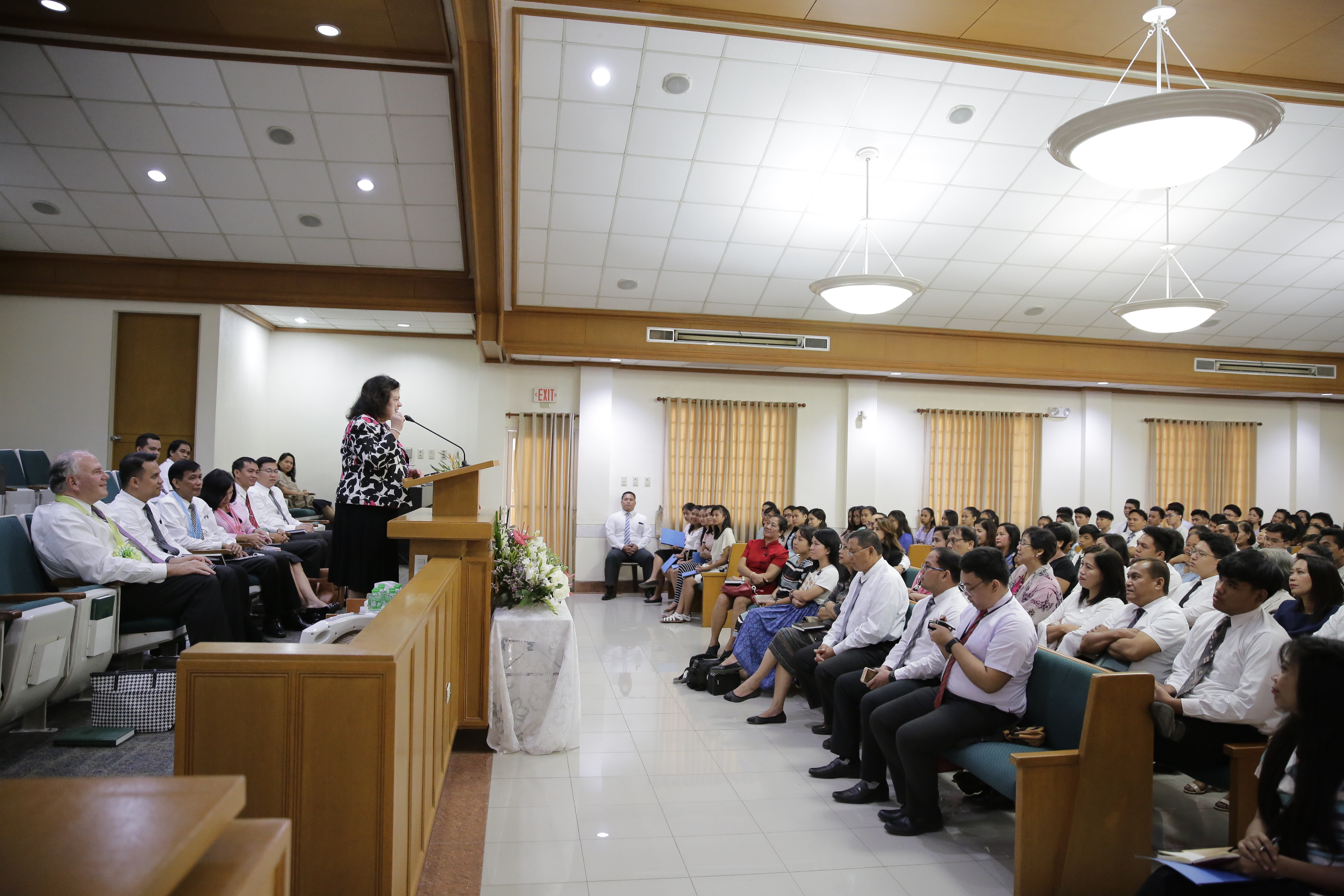 Sister Melanie Rasband speaks to Filipino Latter-day Saint during his Feb. 13-26, 2018, trip to the Church's Philippines Area.