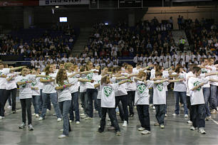 """Teens from Vernon stake represent """"A Rising Generation."""""""