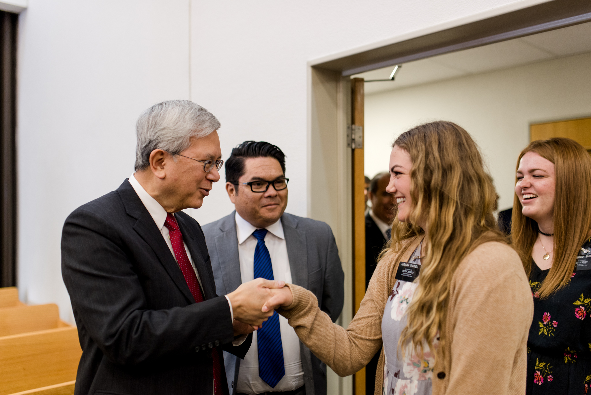 Elder Gong meets with missionaries of the Chile Rancagua Mission on Nov. 10.