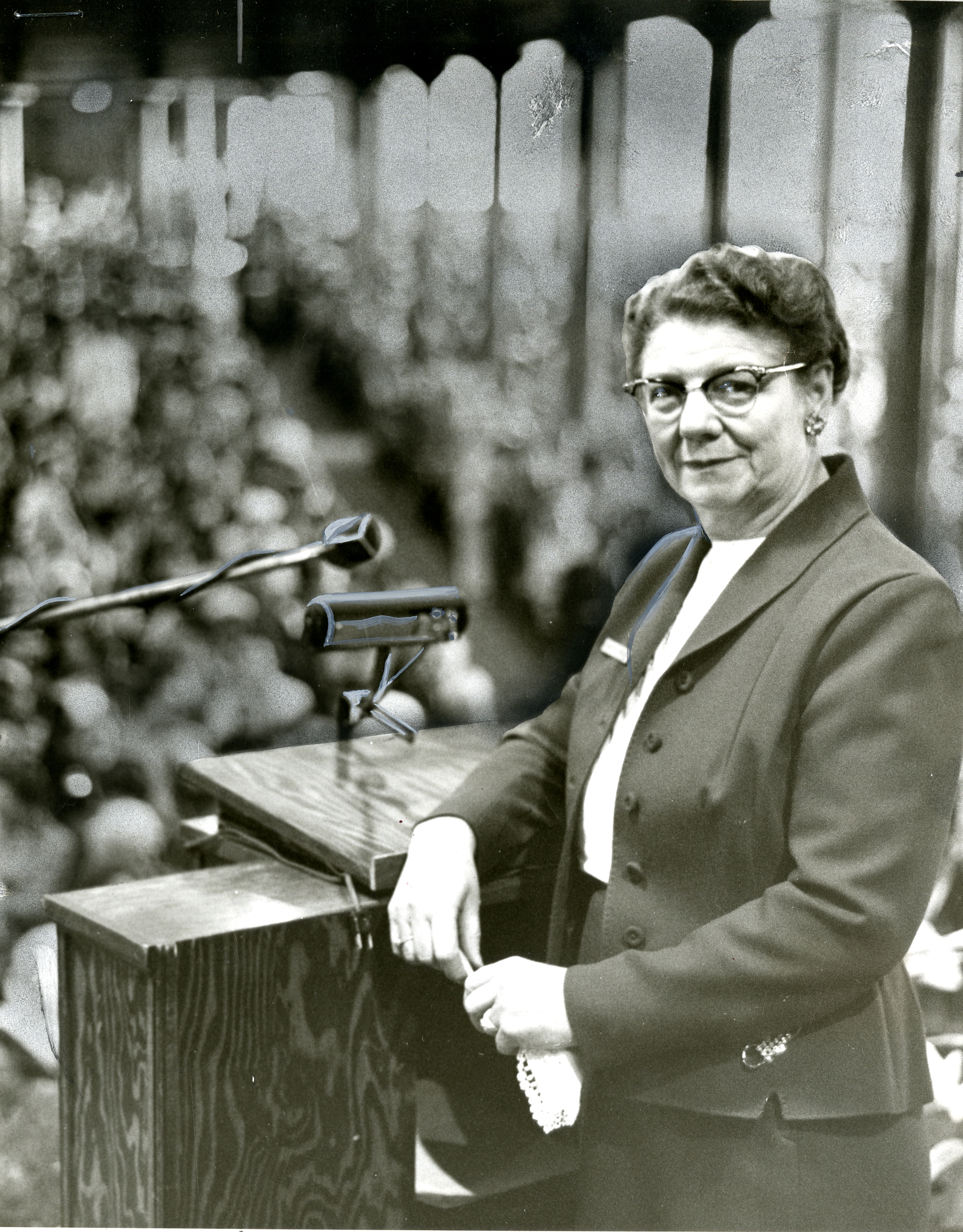 Sister LaVern Parmley during the general Primary conference in April 1959.