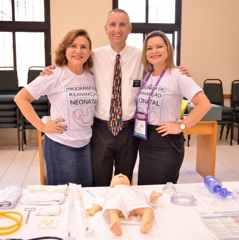 Church medical missionary Elder Ryan Wilcox, center, is joined at neonatal care training seminar by Brazilian pediatricians Dr. Marynea Silva do Vale, left, and Dr. Patricia Marques.