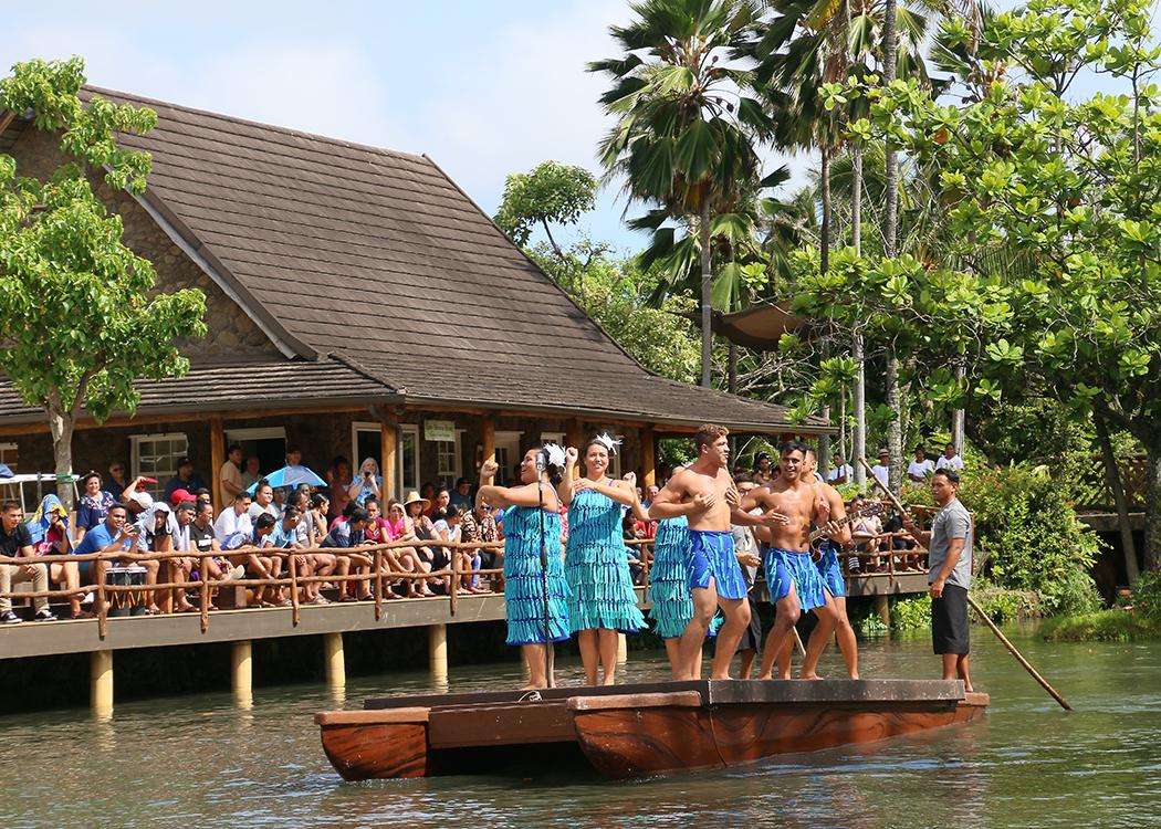 New 'Huki' canoe show afloat at Polynesian Cultural Center