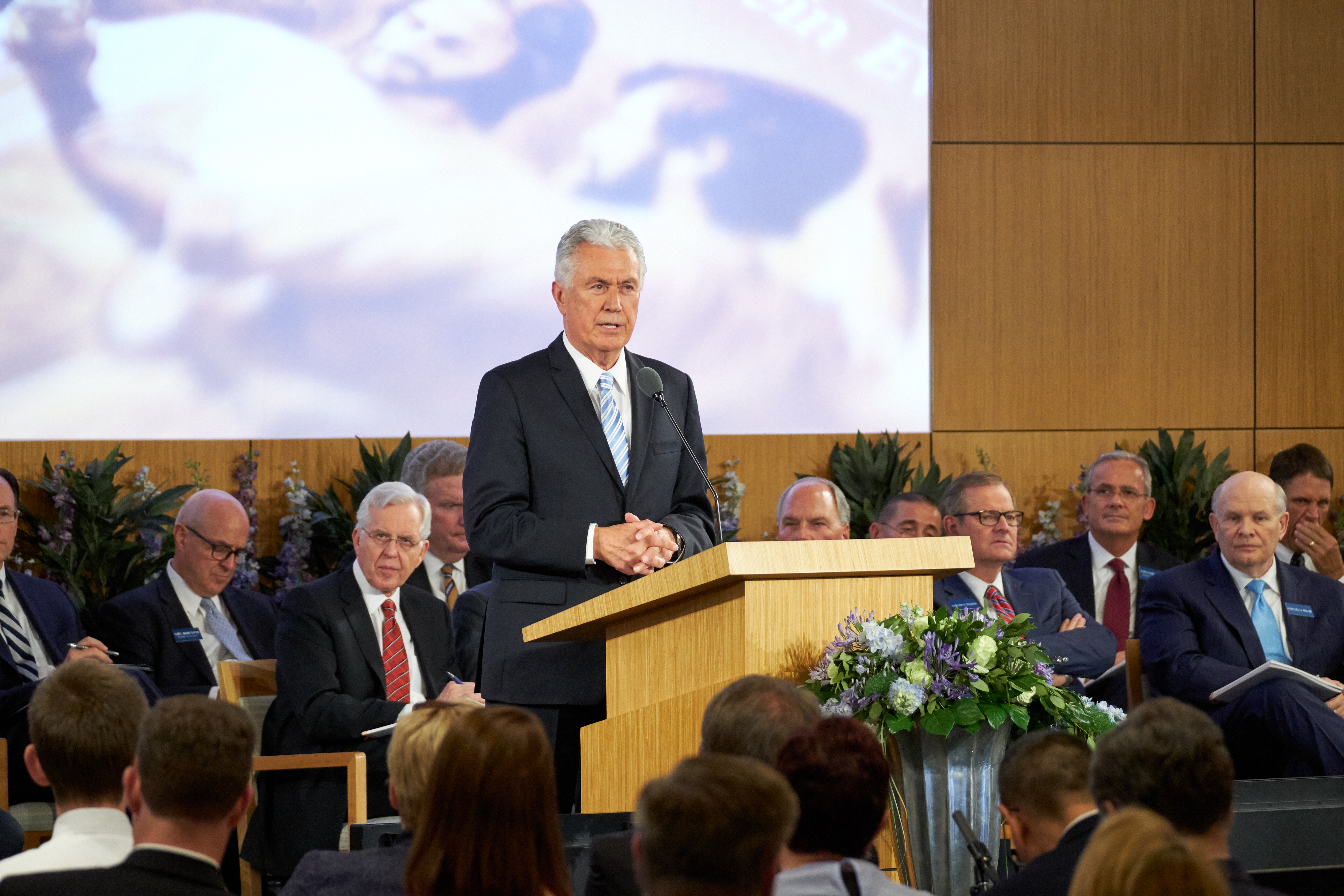 Elder Dieter F. Uchtdorf addresses new mission presidents and their wives during the 2018 Mission Leadership Seminar held in the Provo MTC June 24-26.