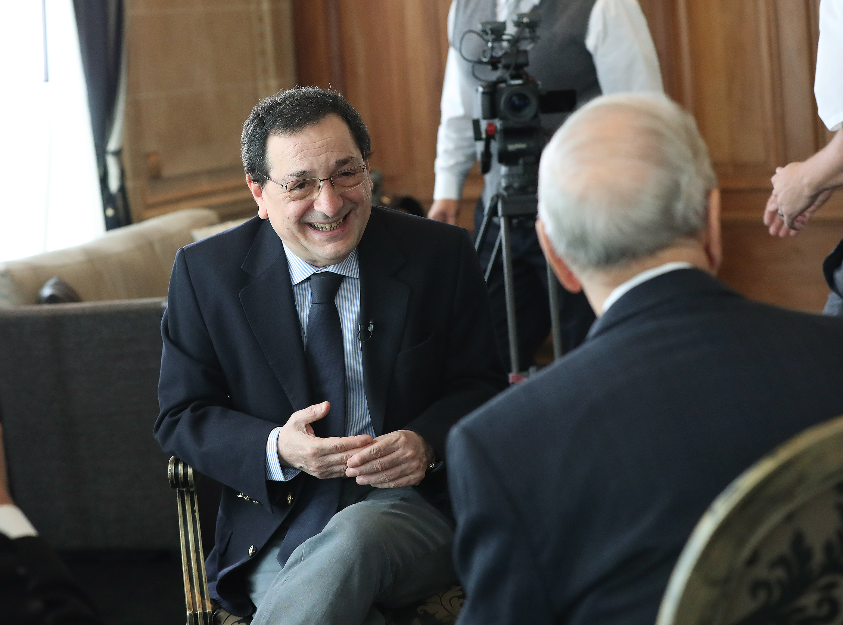 Sergio Rubin, Argentine journalist and biographer of Pope Francis, interviews President Russell M. Nelson of The Church of Jesus Christ of Latter-day Saints in Montevideo, Uraguay on Oct. 26, 2018.