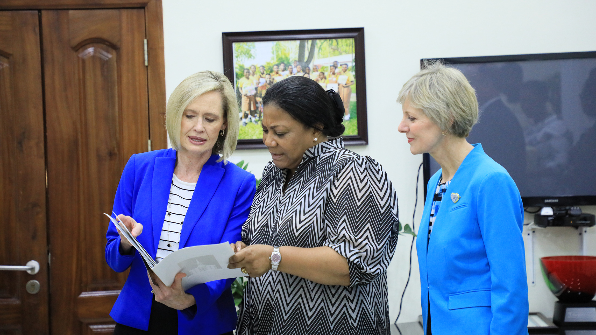 Sister Bonnie H. Cordon, left, and Sister Jean B. Bingham, right, visit Rebecca Naa Okaikor Akufo-Addo, the first lady of the Republic of Ghana, at North Ridge in Accra, Friday, March 1, 2019.