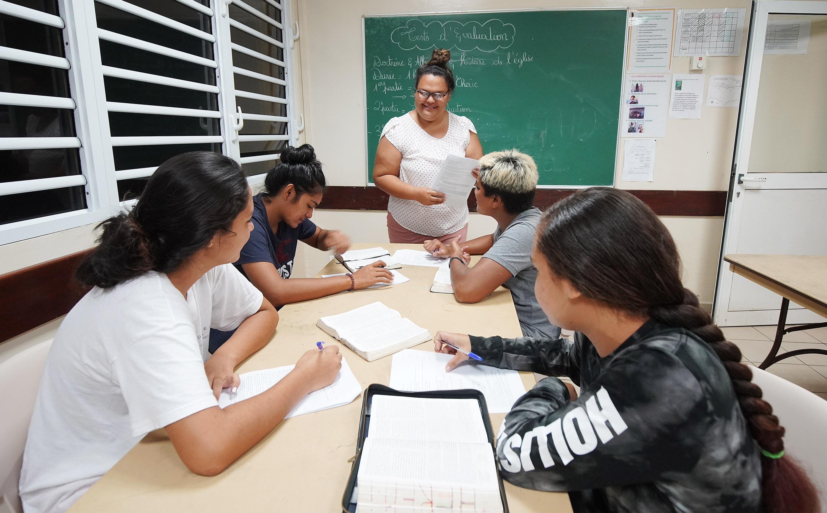 Roopinia Hilowea teaches Latter-day Saint seminary in Bora Bora on May 28, 2019.