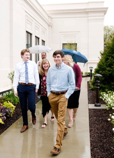 Visitors arrive for the Memphis Tennessee Temple open house on a rainy day in April 2019.