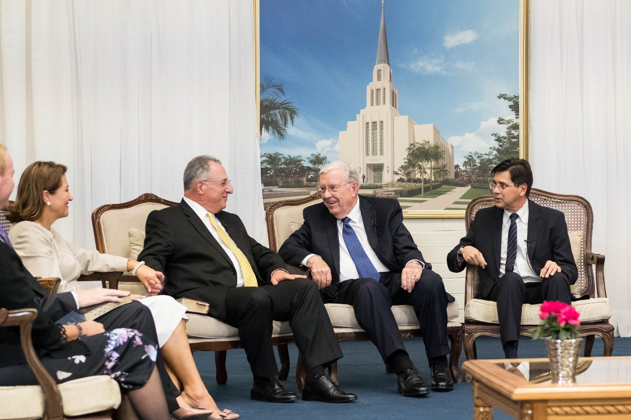 President M. Russell Balllard, with Elder Ulisses Soares, participate in a broadcast in Brazil. The leaders arrived in Sao Paulo, Brazil, on Aug. 24, 2018.