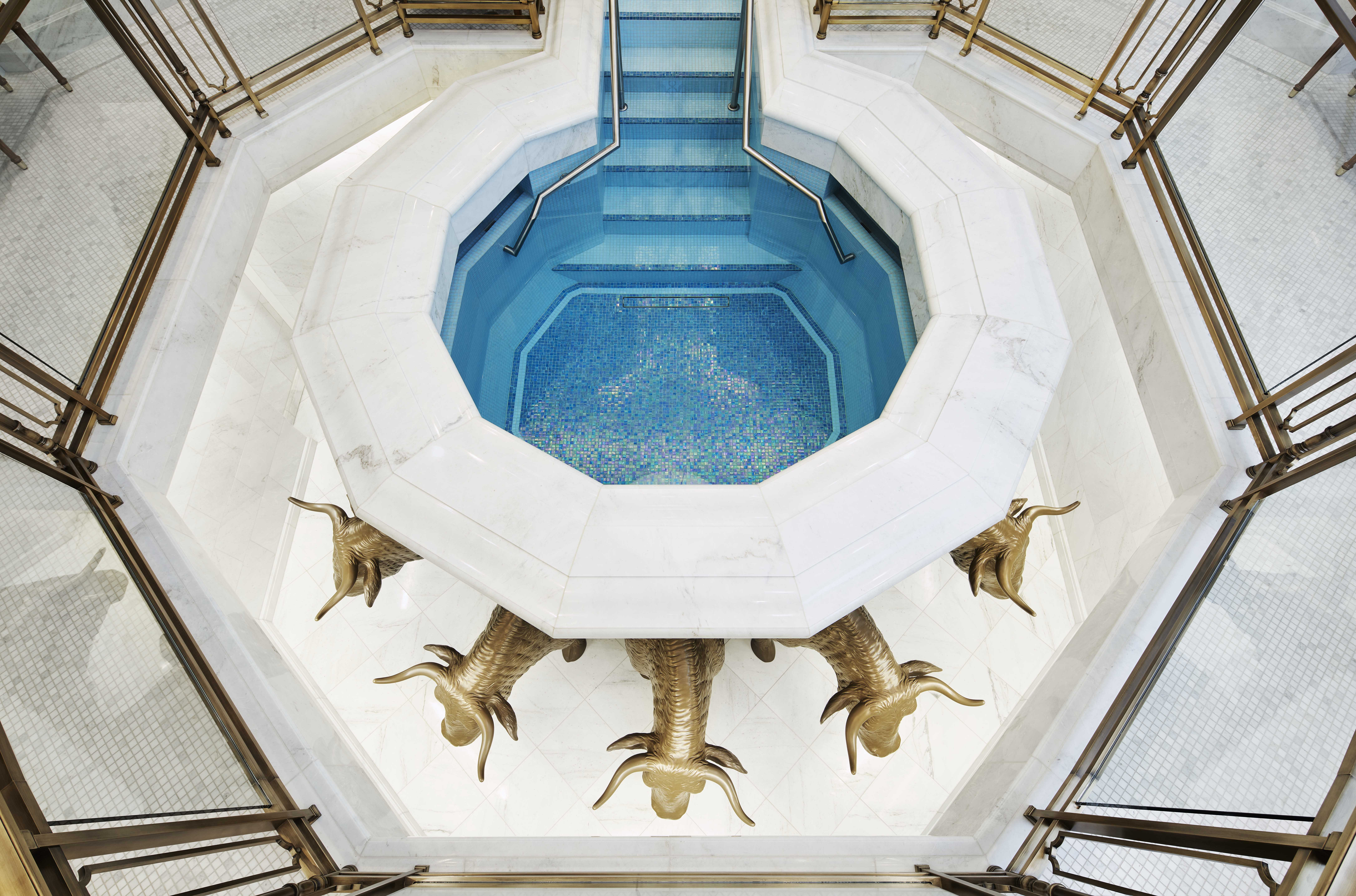 The baptistry in the Memphis Tennessee Temple.