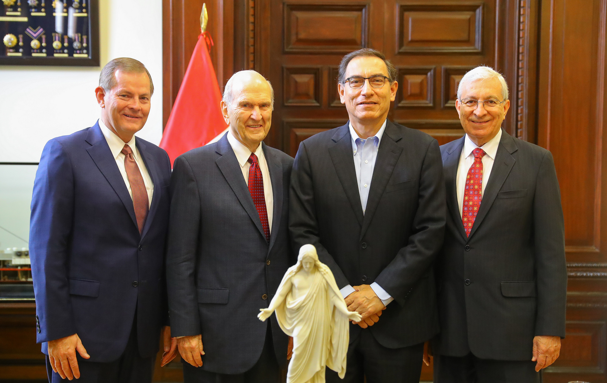 Left to right, Elder Gary E. Stevenson, President Russell M. Nelson. Peru President Martín Vizcarra and Elder Enrique R. Falabella pose after meeting at the presidential palace in Lima, Peru, on Saturday, October 20, 2018.