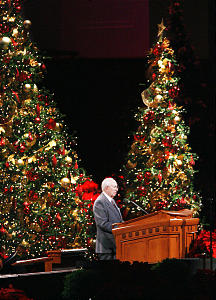 LDS Church President Gordon B. Hinckley speaks during the annual First Presidency Christmas Devotional in Salt Lake City Dec 3, 2006. Jeffrey D. Allred/photo