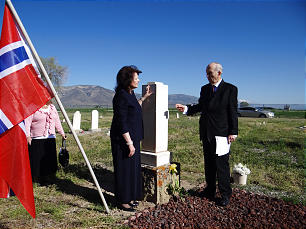 Elder Russell M. Nelson and his wife, Sister Wendy Nelson, at city cemetery in Ephraim, Utah, during their visit for Scandinavian Days.