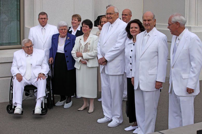 President Russell M. Nelson and his wife, Sister Wendy Watson Nelson, at the dedication of the Brigham City Temple.