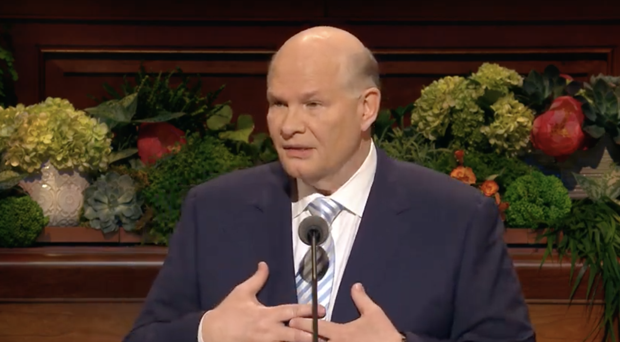 Elder Dale G. Renlund of the Quorum of the Twelve Apostles gives his address during the Sunday morning session of the 189th Annual General Conference on April 7, 2019.