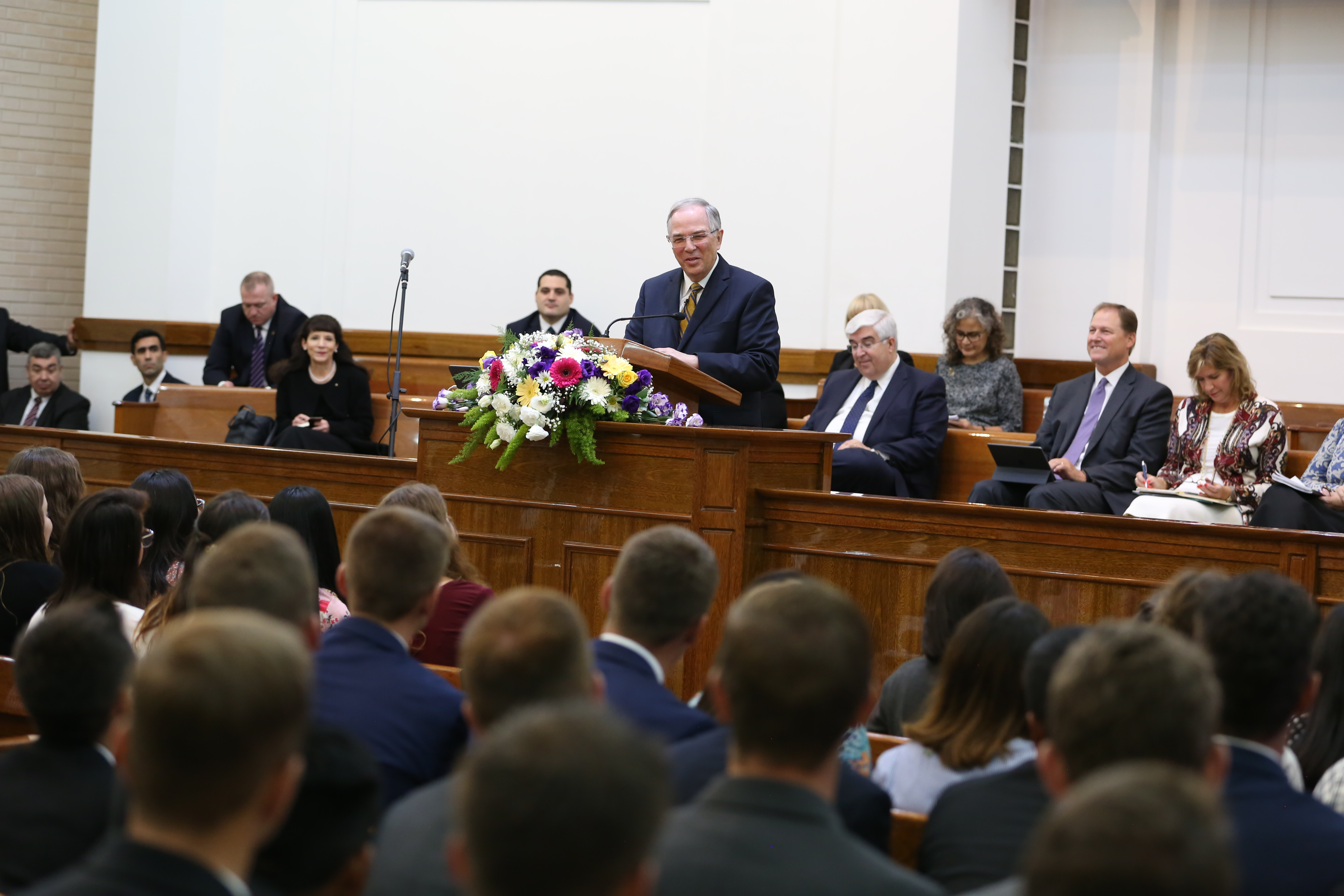 Elder Neil L. Andersen of the Quorum of the Twelve Apostles addresses missionaries in Argentina during an April 2019 trip to South America.