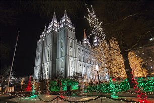 The lights on Temple Square were one attraction that attracted crowds to the EVE celebration on Dec. 31.