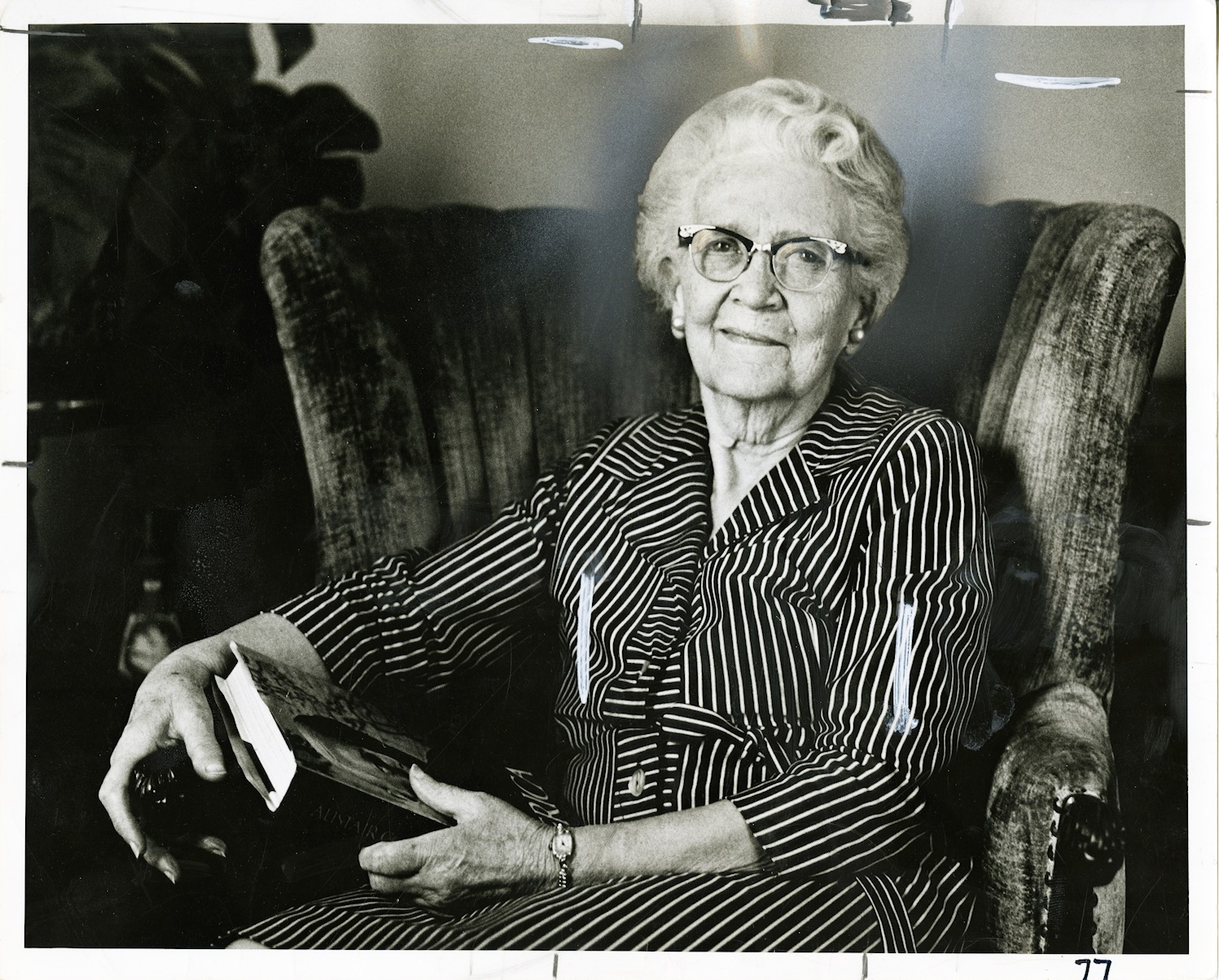 Sister Ida Jensen Romney, wife of President Marion G. Romney of the First Presidency, in 1974.