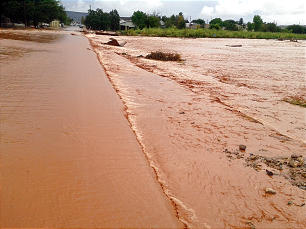 Flooding in southern Utah where a dike broke Tuesday, Sept. 11, 2011.