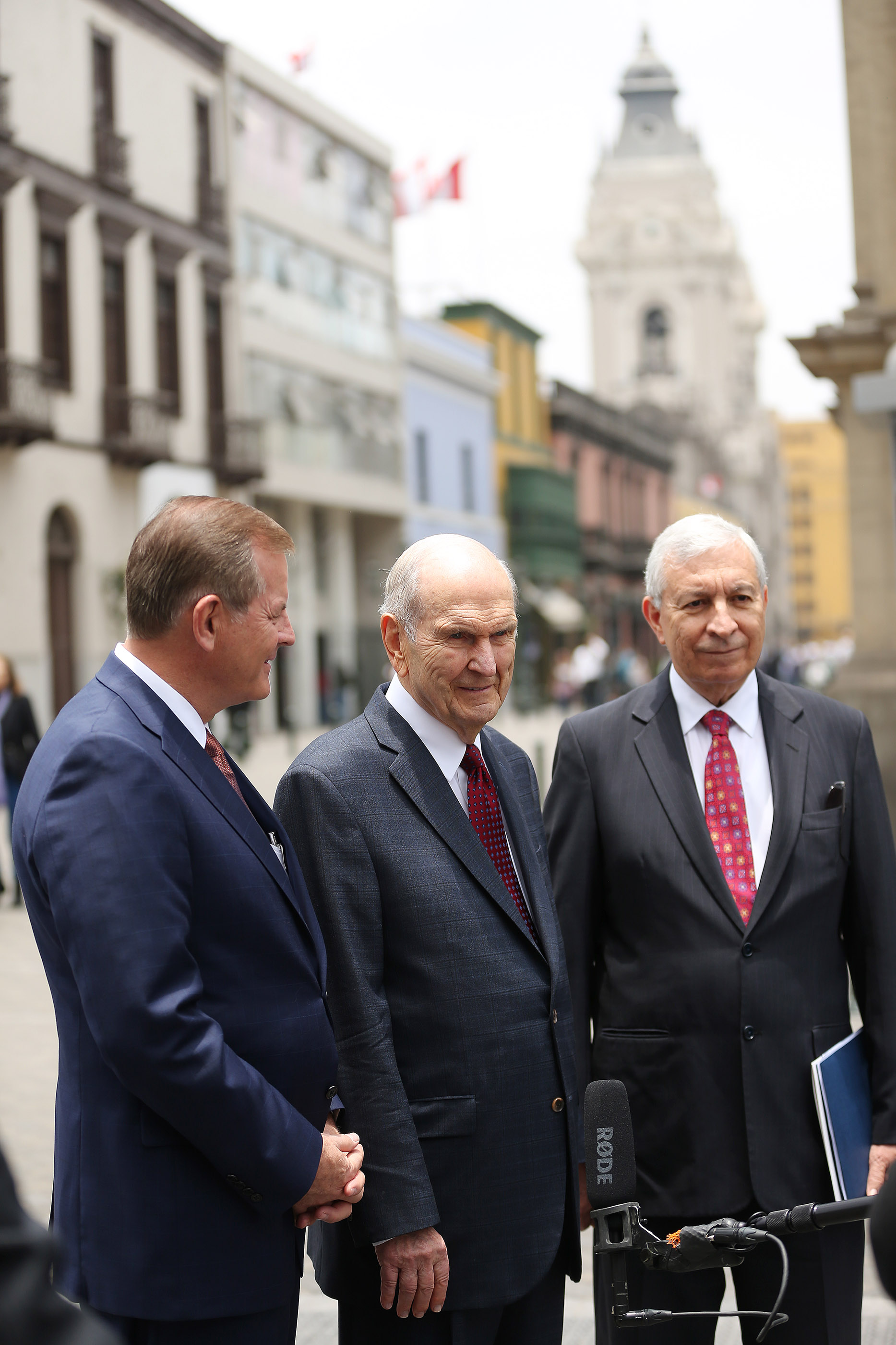 President Russell M. Nelson of The Church of Jesus Christ of Latter-day Saints, center, Elder Gary E. Stevenson, of the Quorum of the Twelve Apostles, and Elder Enrique Falabella, General Authority Seventy speak with media after leaving the Government Palace after speaking with the president of Peru in Lima, Peru on Oct. 20, 2018.