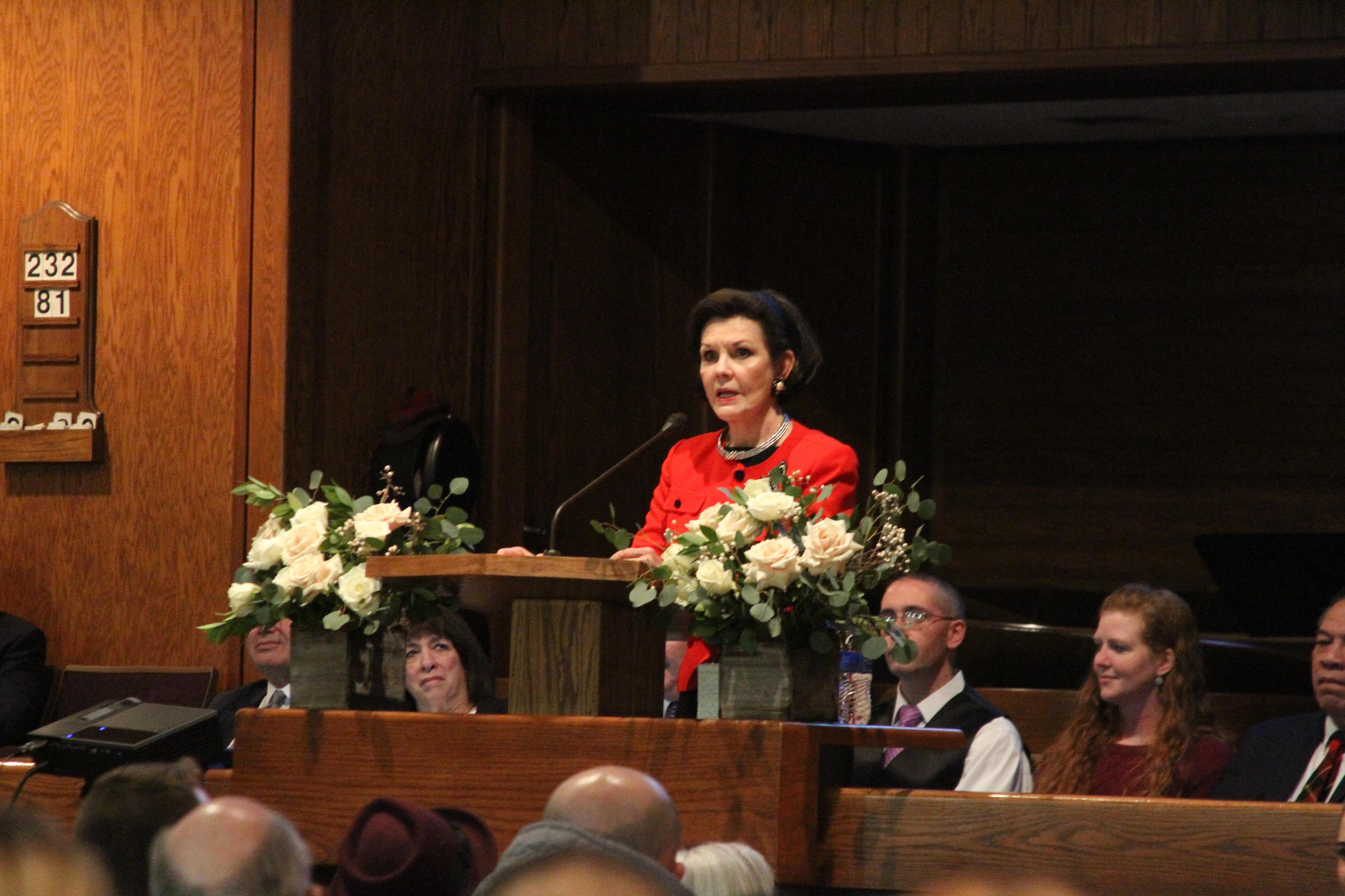 Sister Kristin Oaks speaks during a Holladay Region Mid-Single Adult Fireside on Jan. 13, 2019.