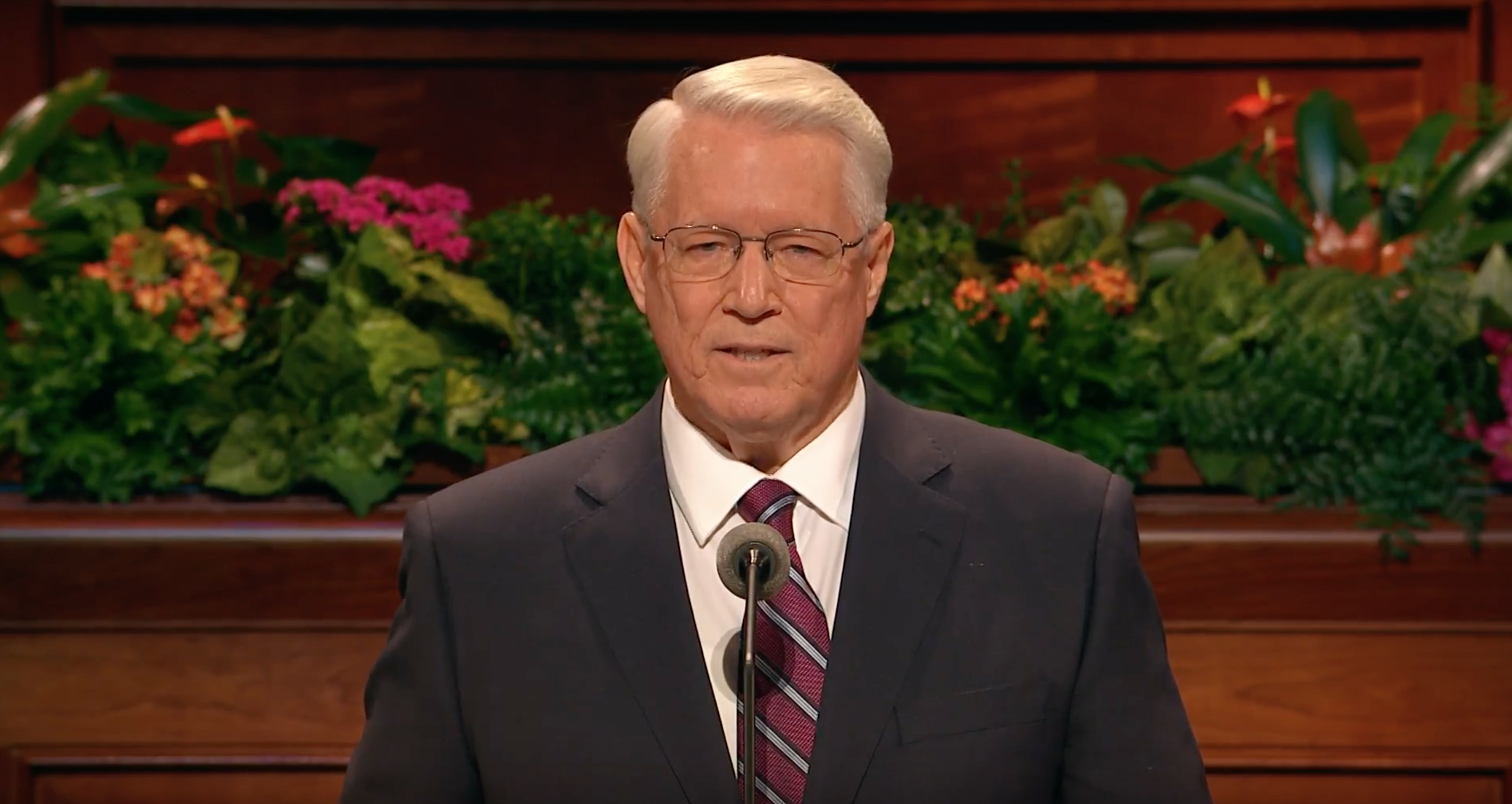 Bishop Dean M. Davies speaks during October 2018 general conference.