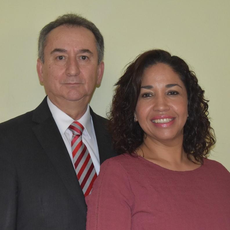 Armando and Graciela Flores de Maldonado