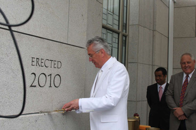 President Dieter F. Uchtdorf applies mortar to cornerstone of Vancouver British Columbia Temple.