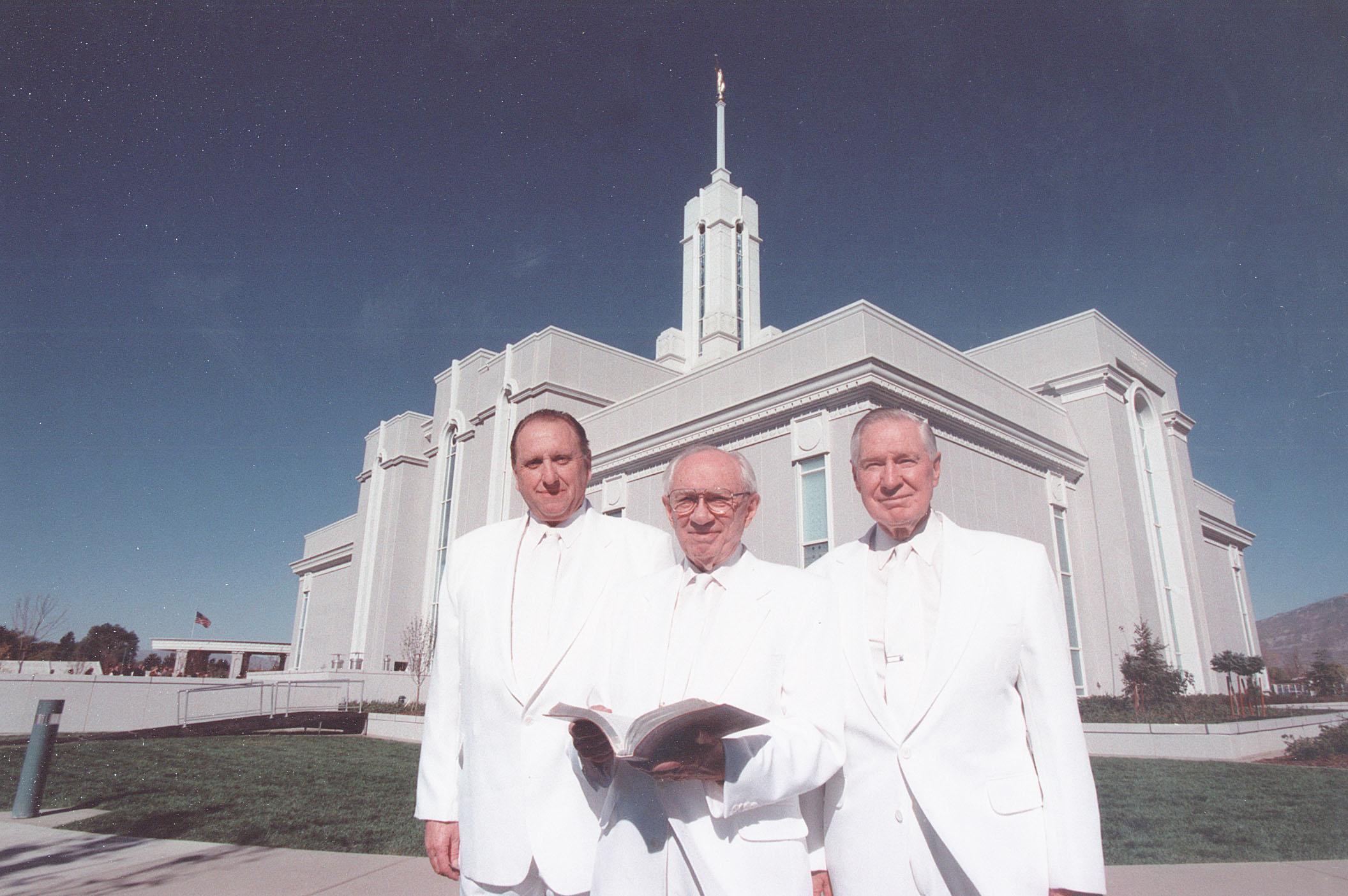 (From left) President Thomas S. Monson, 1st counselor in the First Presidency, President Gordon B. Hinckley, and President James E. Faust, 2nd counselor in the First Presidency, stand in front of the Mt. Timpanogas Utah Temple circa 1997.