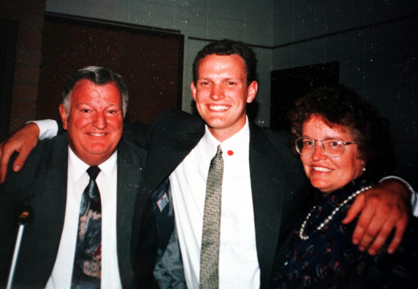 Orin A. Voorheis an LDS missionary in Buenos Aires was shot in the head. Pictured with his parents, Wayne and Florence, just before leaving Argentina.