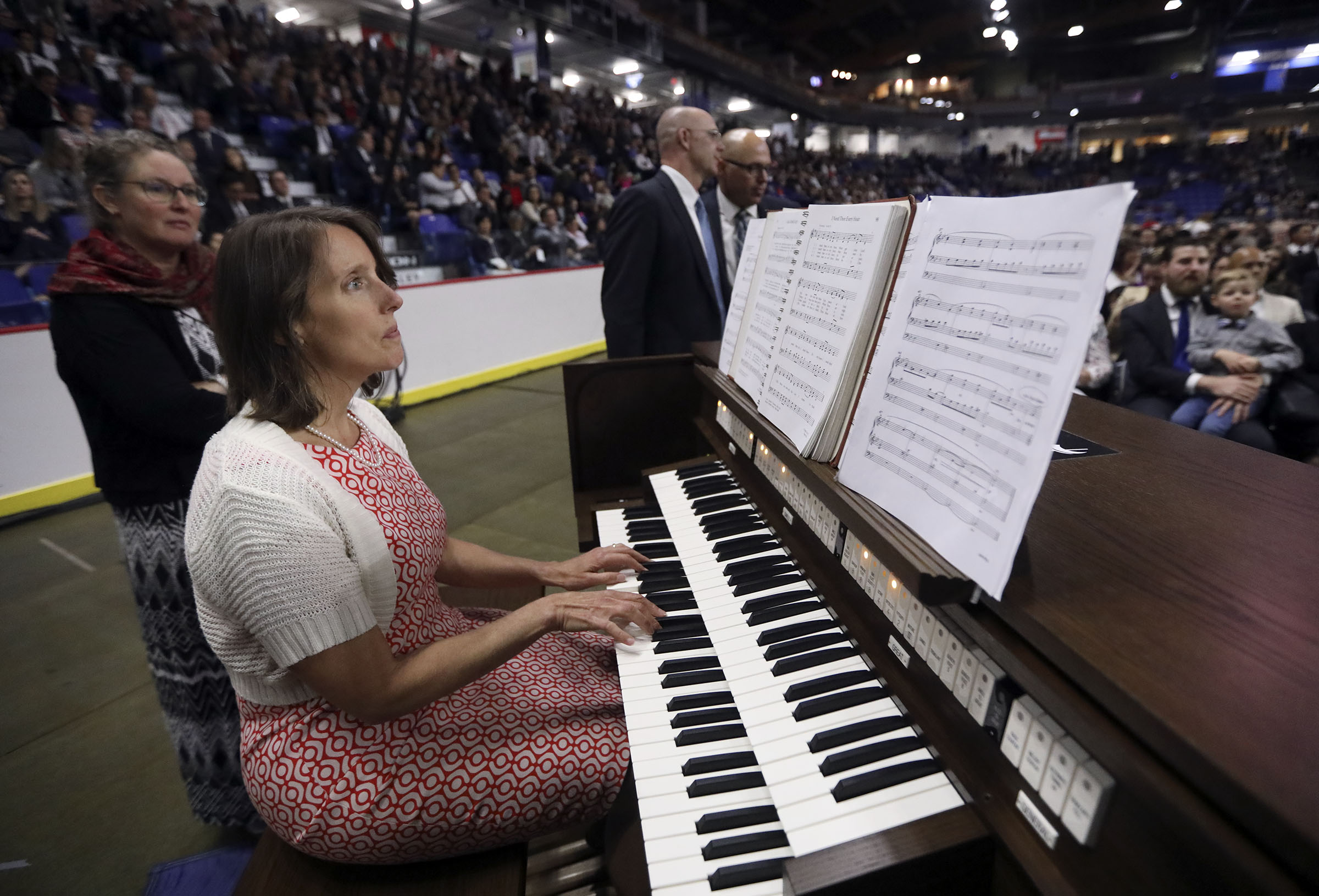 Dana Porowski plays the organ before President Russell M. Nelson of The Church of Jesus Christ of Latter-day Saints speaks at the Langley Events Center in Langley, British Columbia, on Sunday, Sept. 16, 2018.