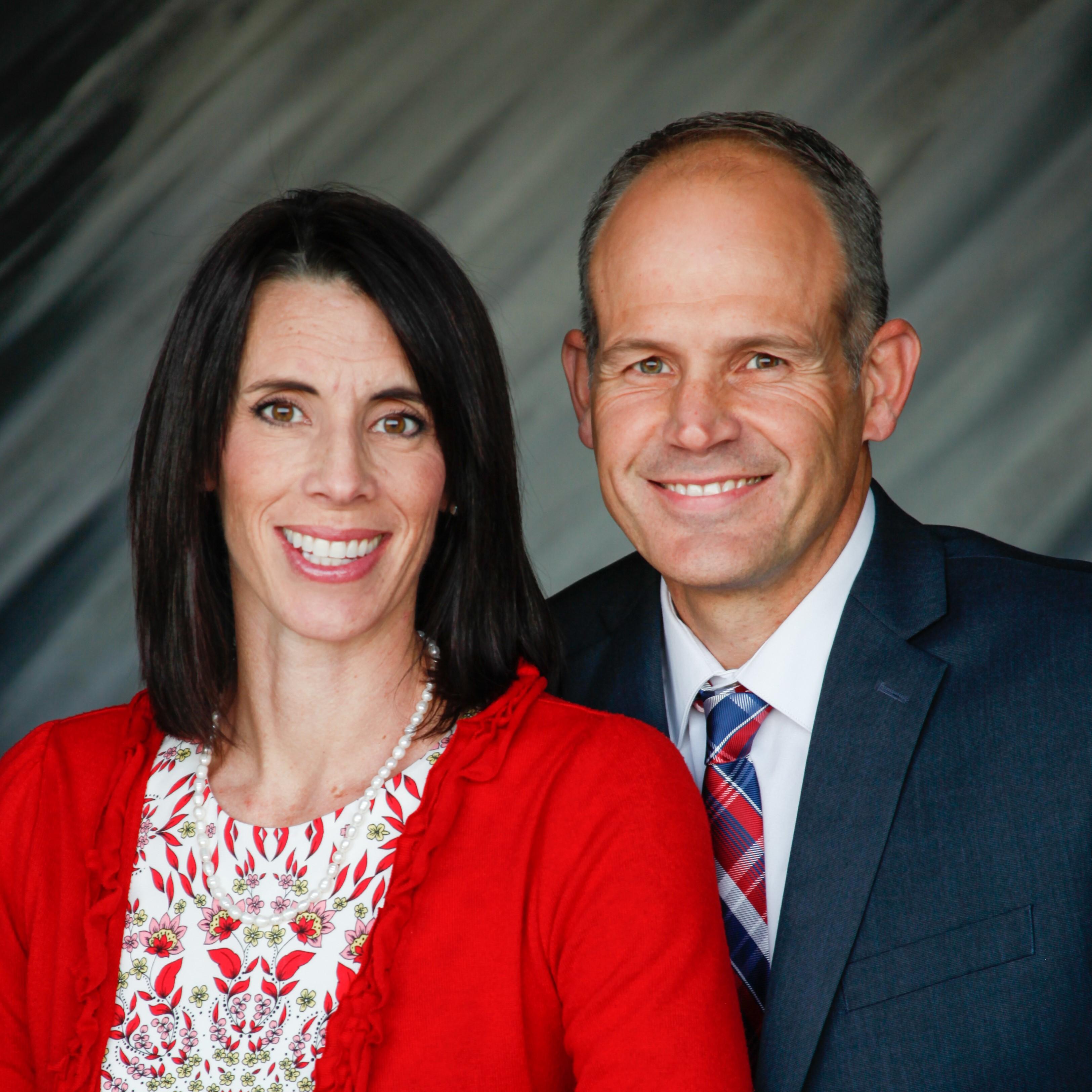 Stephanie L. and Jason J. Tveten