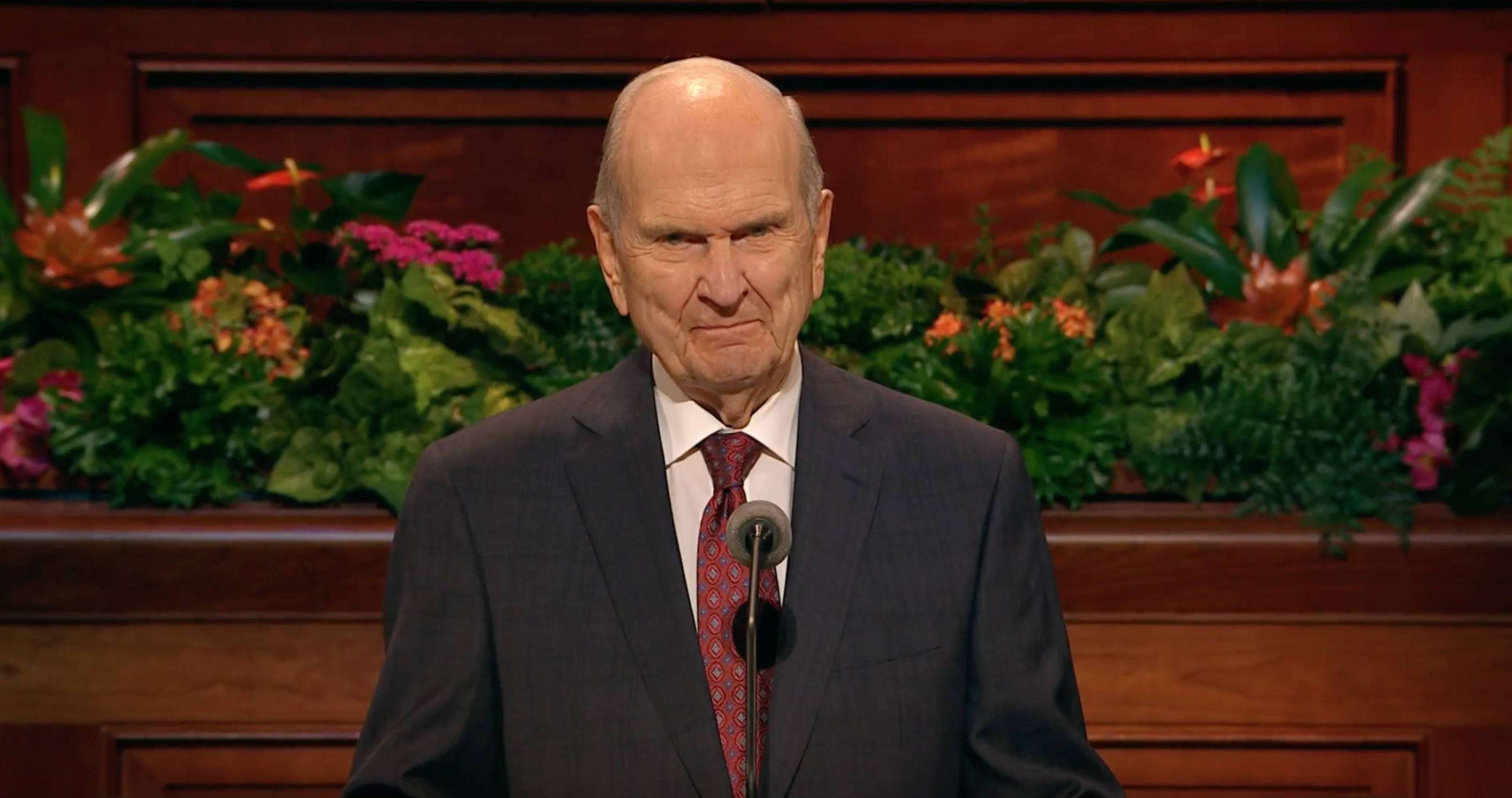 President Russell M. Nelson gives his closing remarks during October 2018 general conference.