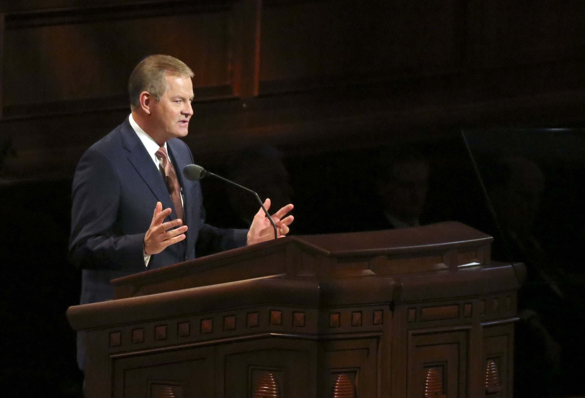 Elder Gary E. Stevenson of the Quorum of the Twelve Apostles speaks during the Sunday afternoon session of the 188th Semiannual General Conference of The Church of Jesus Christ of Latter-day Saints in the Conference Center in downtown Salt Lake City on Sunday, Oct. 7, 2018.