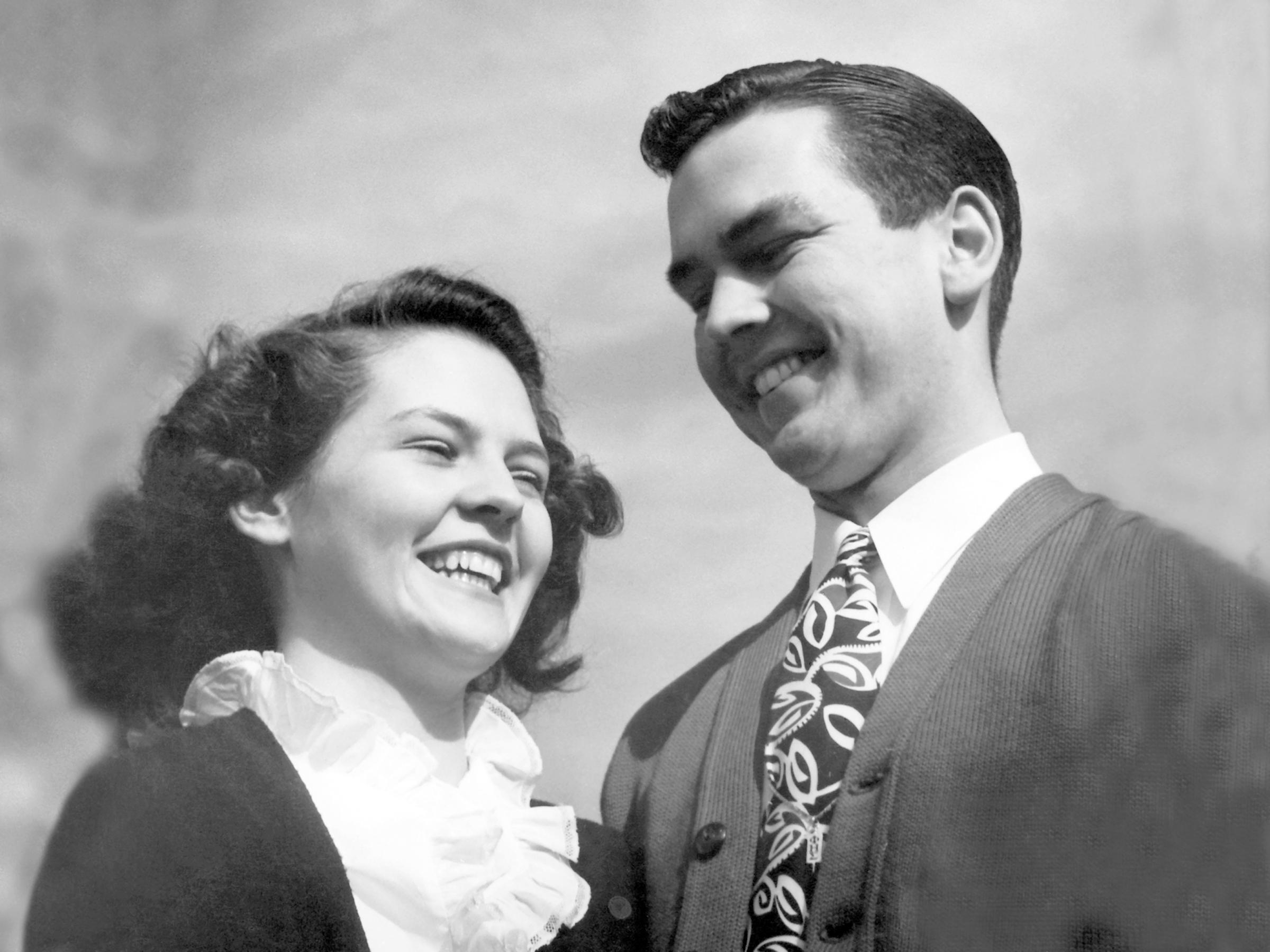 Russell and his first wife, Dantzel Nelson, at the University of Utah in 1942.