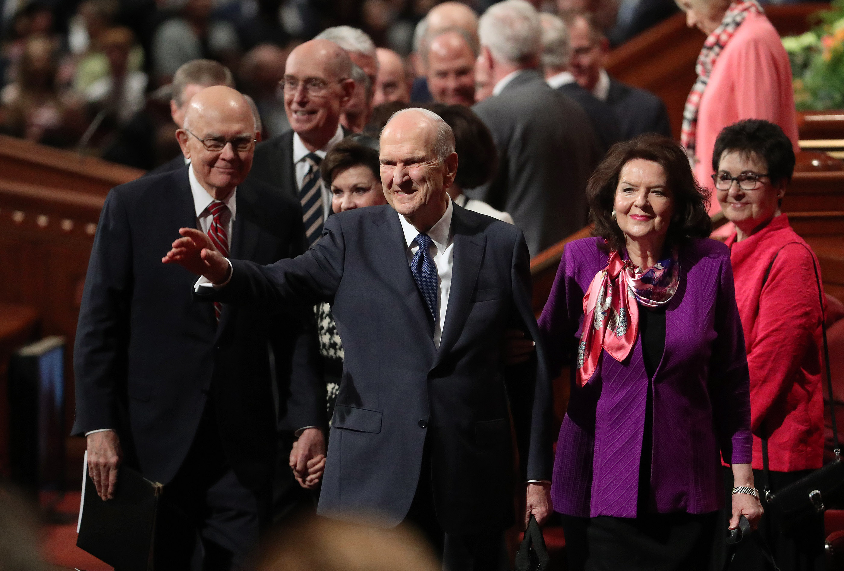 President Russell M. Nelson of The Church of Jesus Christ of Latter-day Saints, and his wife, Sister Wendy Nelson, wave to attendees after the Sunday morning session of the 189th Annual General Conference of The Church of Jesus Christ of Latter-day Saints in Salt Lake City on Sunday, April 7, 2019.