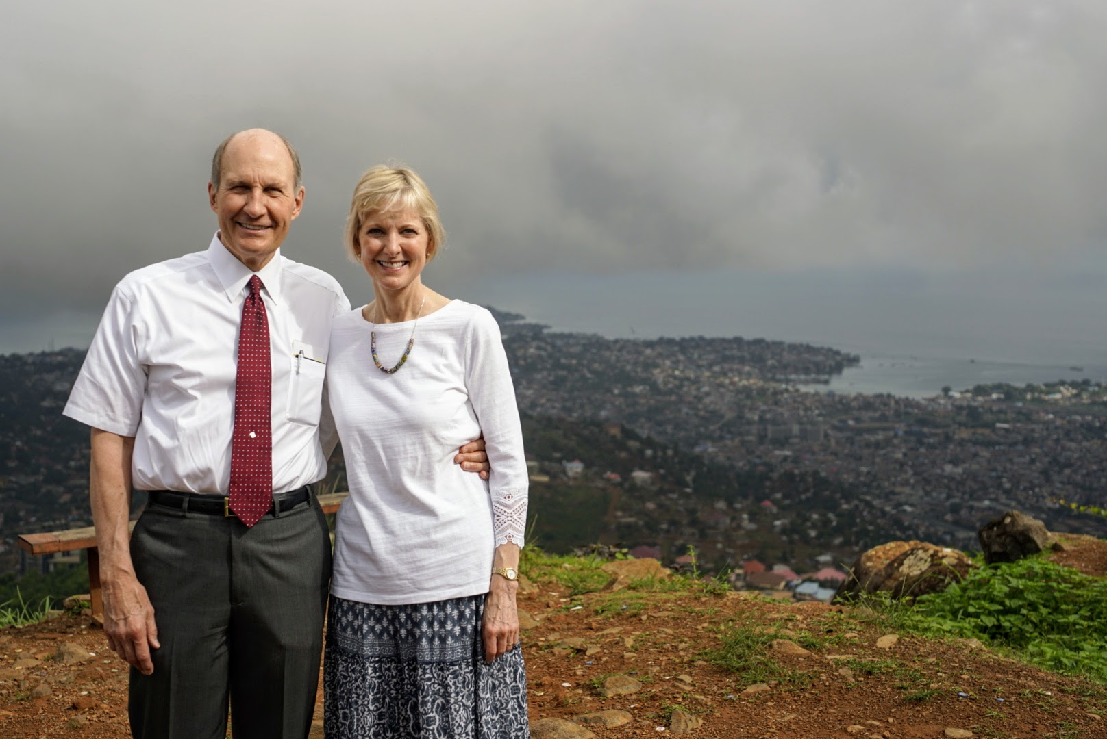 Sister Jean B. Bingham and her husband, Brother Bruce Bingham, in Sierra Leone. Sister Bingham, Relief Society general president, visited the West African country June 5 through June 16.