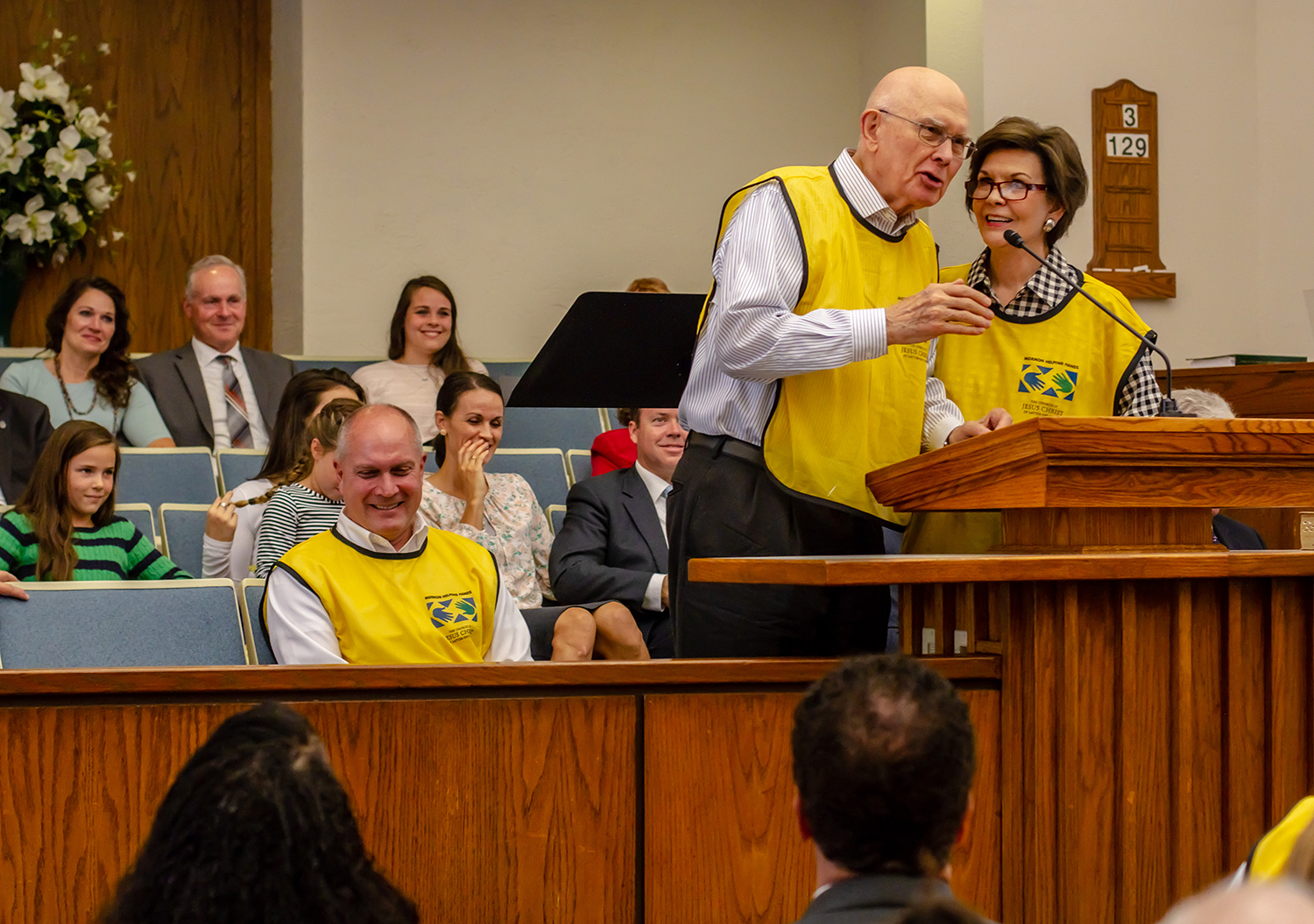 President Dallin H. Oaks, first counselor in the First Presidency of the Church, and his wife, Sister Kristen Oaks, speak to Latter-day Saints in North Carolina in the areas damaged by Hurricane Florence.