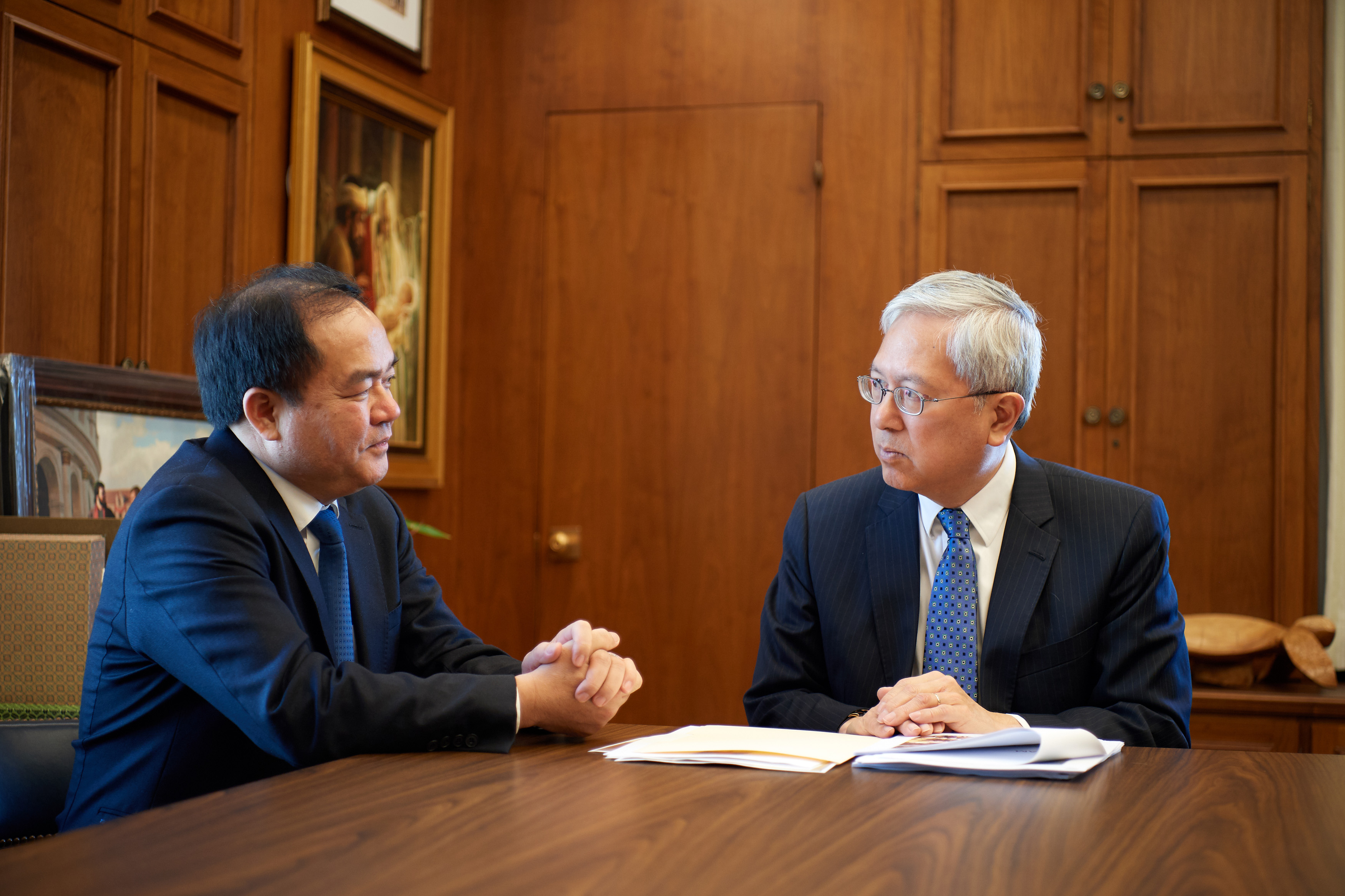 Elder Gerrit W. Gong of the Quorum of the Twelve Apostles meets with Mr. Vu Chien Thang, chairman of the Committee for Religious Affairs in Vietnam.