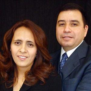 Aaron and Araceli Flores de Chavez
