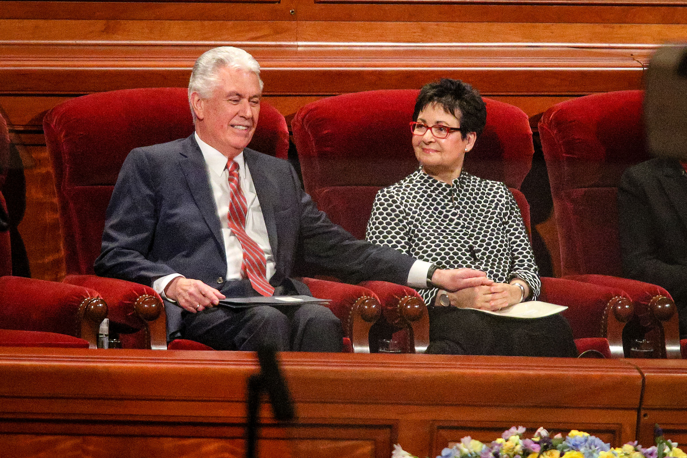 Elder Dieter F. Uchtdorf holds hands with his wife, Sister Harriet Reich Uchtdorf, prior to the World Wide Devotional for Young Adults which was hosted by Elder Dieter F. Uchtdorf at the Conference Center in Salt Lake Sunday, Jan. 14, 2018.