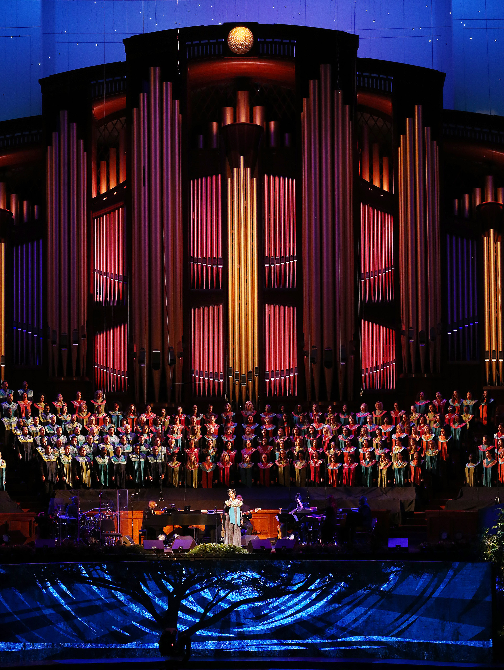 "Gladys Knight performs with the Be One Choir during ""Be One"" in Salt Lake City on Friday, June 1, 2018. The event celebrates the 40th anniversary of the 1978 revelation on the priesthood."