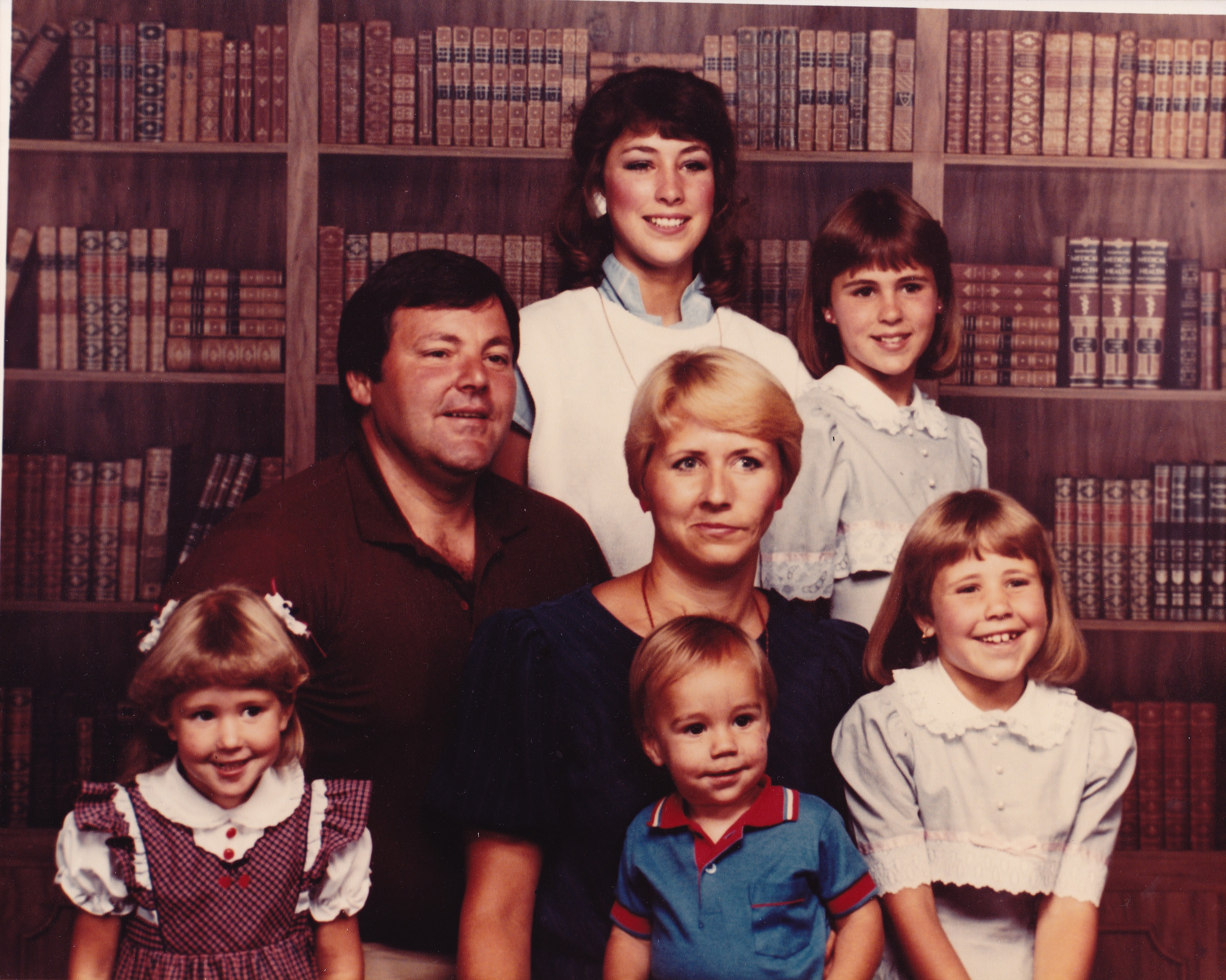 Slater Family Picture from 1985. Tom and Lisbeth Pettersson Slater, with their children, Angela, Tiffani, Stephanie, Annika and Matthew.