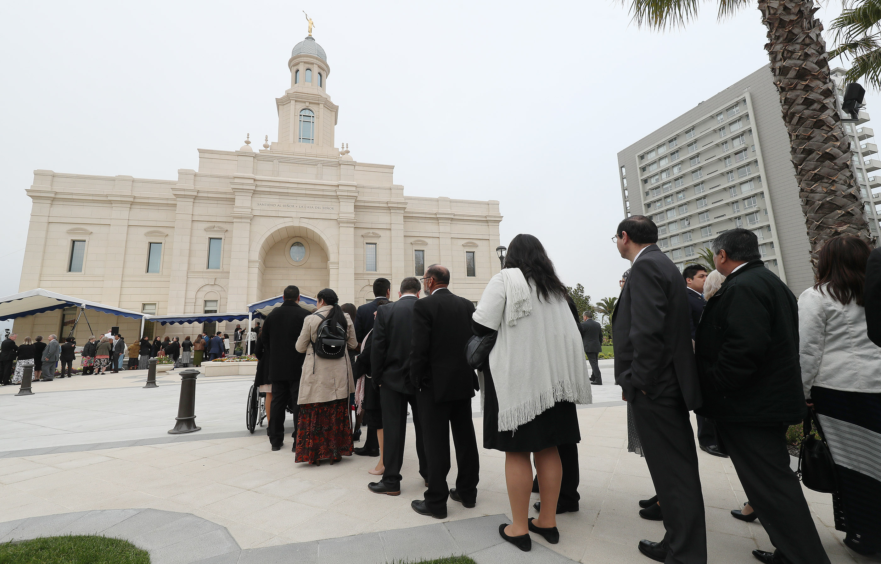 Attendees line up during the dedication of the LDS Concepcion Chili Temple in Concepcion, Chili on Sunday, Oct. 28, 2018.