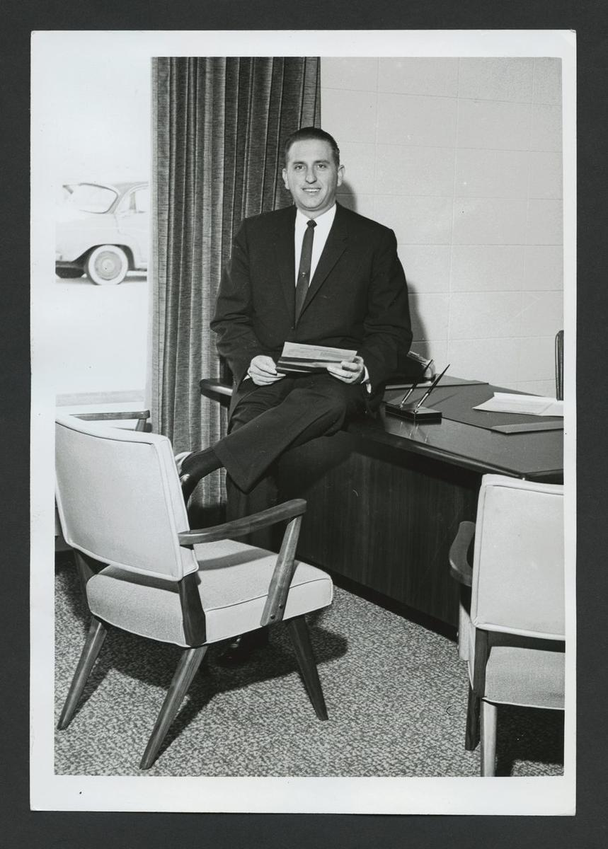 President Thomas S. Monson always had the heart of a bishop. When he was bishop of the Sixth-Seventh ward, 1950-55, he had responsibility for more than 1,000 members.