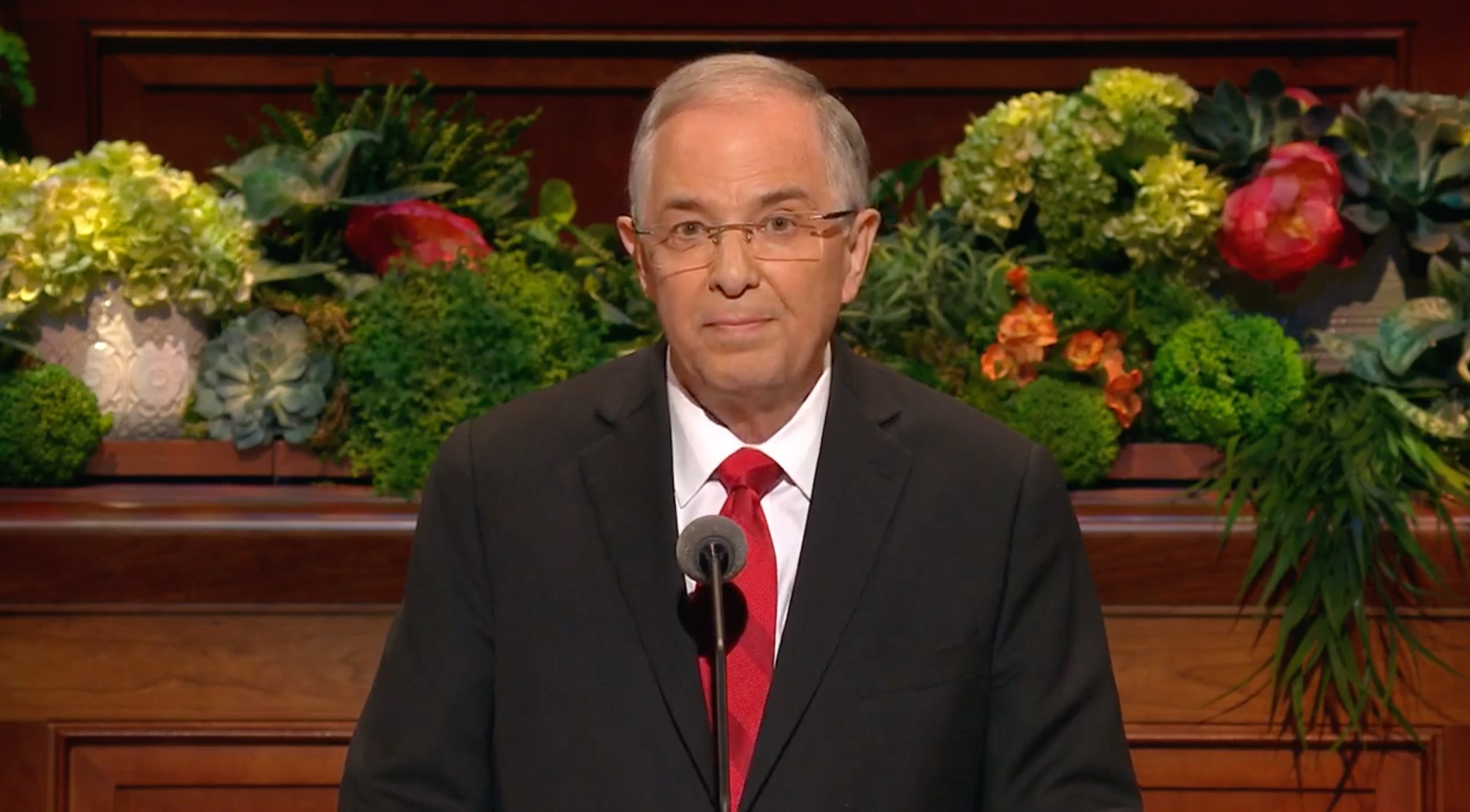 Elder Neil L. Andersen of the Quorum of the Twelve Apostles gives his address during the Saturday afternoon session of the 189th Annual General Conference on April 6, 2019.