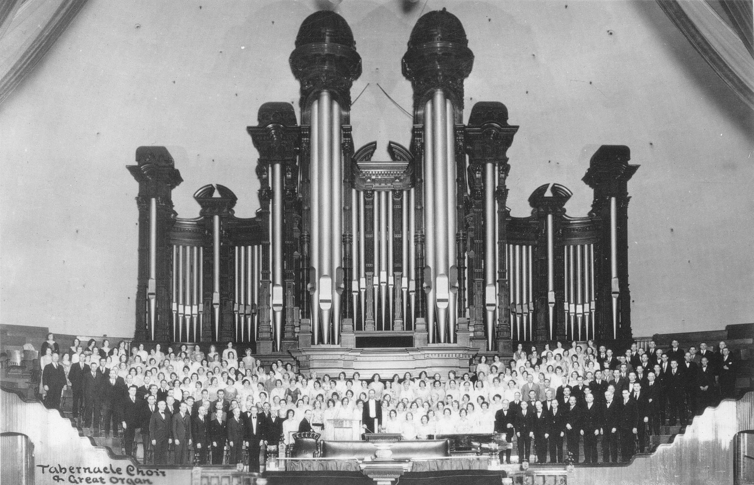 The Mormon Tabernacle Choir in the Salt Lake Tabernacle in 1929. The choir began broadcasting Music and the Spoken Word 90 years ago, making it the longest continuously broadcast network program in history.