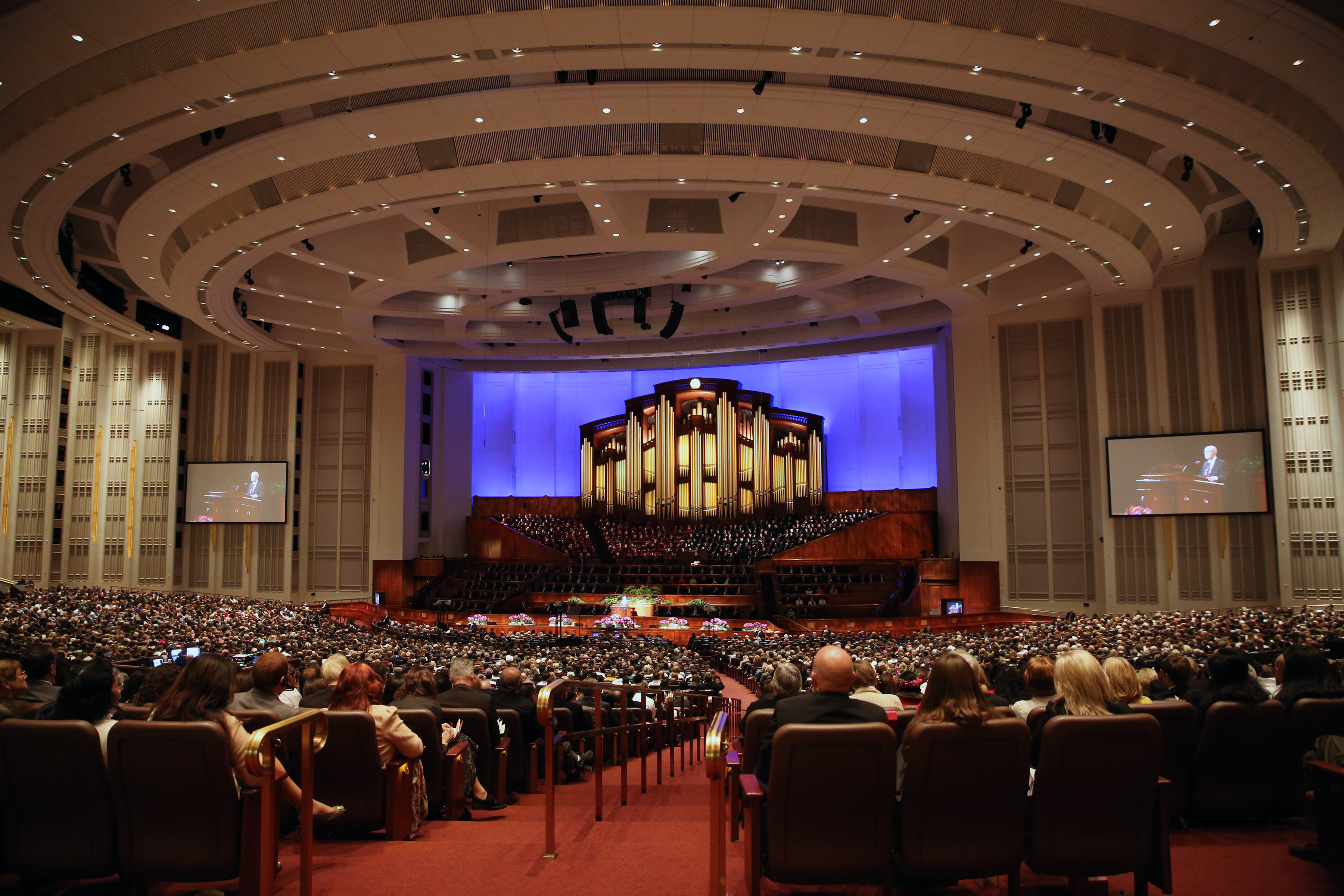 The morning session of the 185th Semiannual General Conference of The Church of Jesus Christ of Latter-day Saints at the Conference Center in Salt Lake City on Sunday, Oct. 4, 2015.