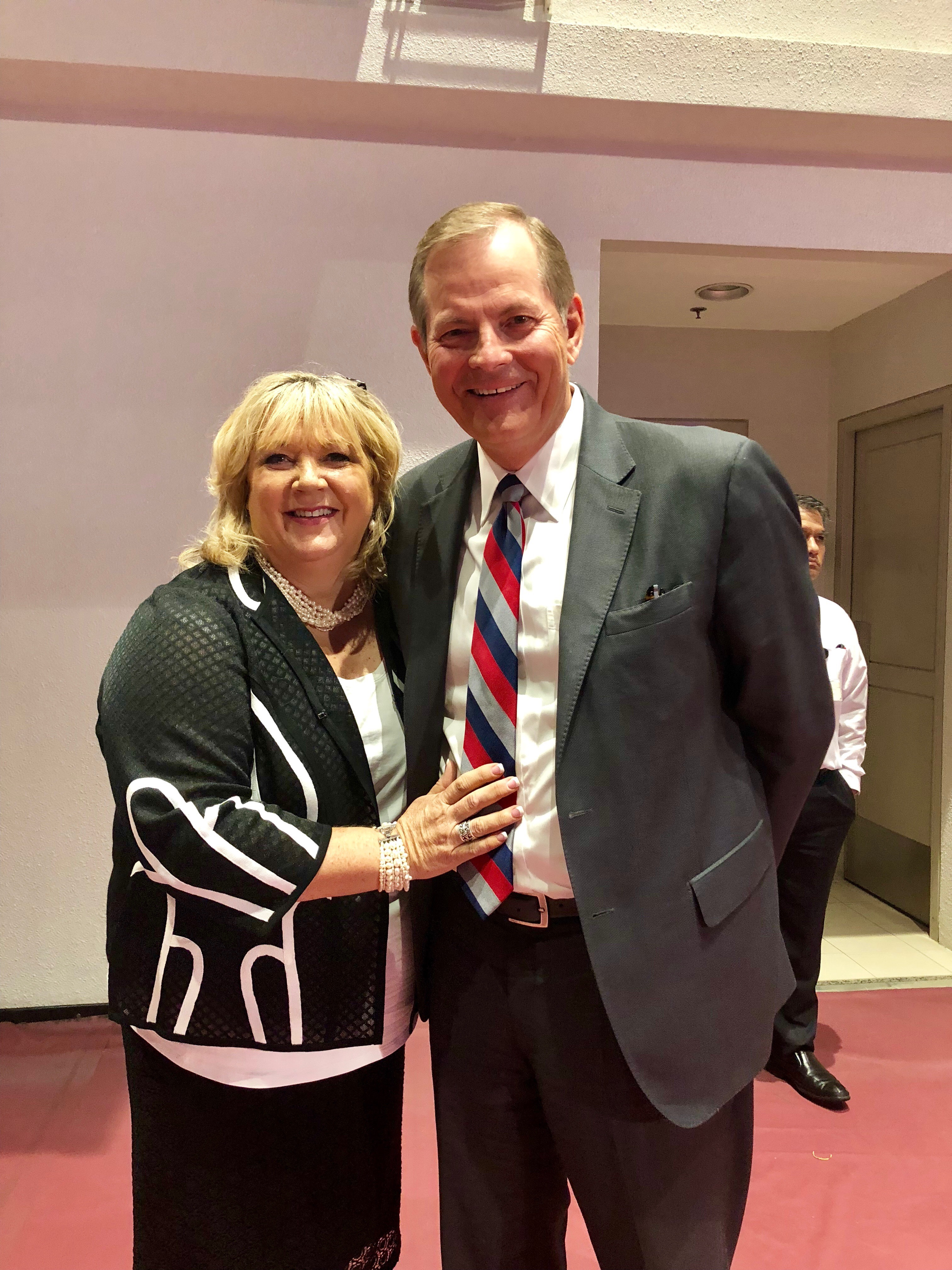 Sister Lesa Stevenson and Elder Gary E. Stevenson of the Quorum of the Twelve Apostles at the Face to Face event held in the Philippines on Aug. 11, 2018.